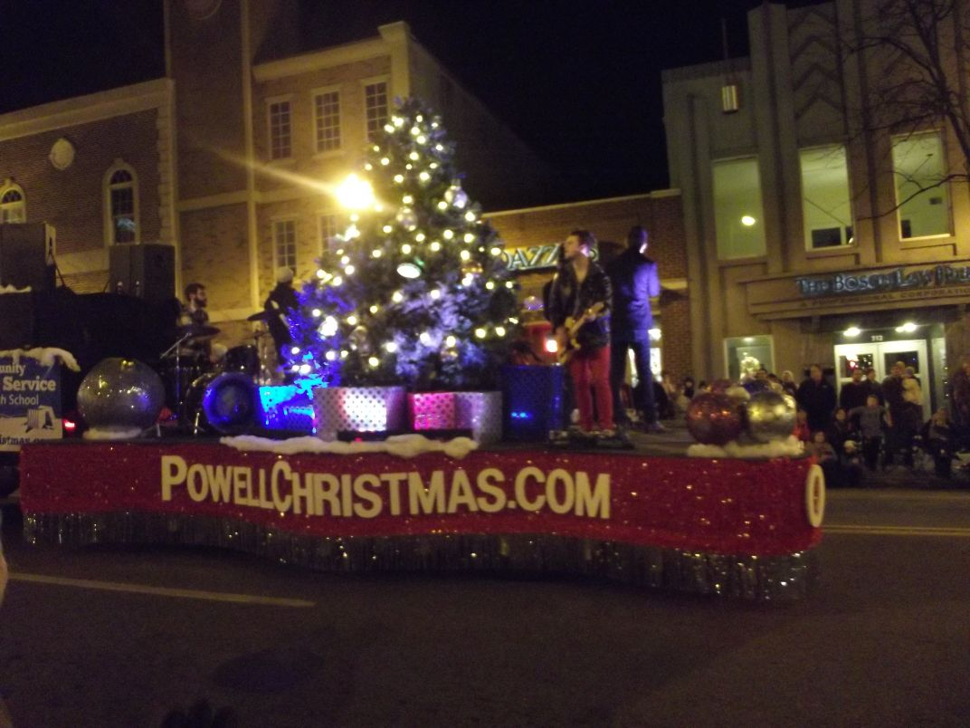 Knoxville Christmas Parade 2011: Top Ten Floats! | Inside of Knoxville