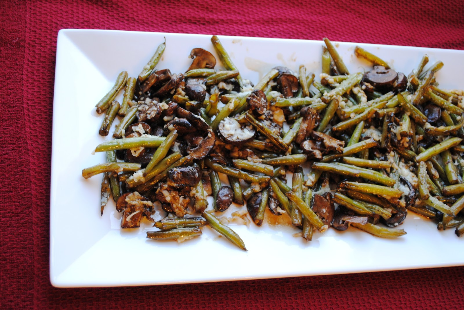 Balsamic Roasted Green Beans and Mushrooms | Neighborfood