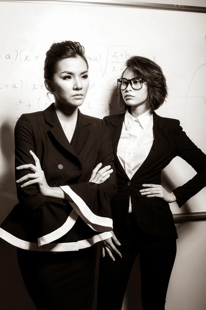 Dàn mẫu Next Top Model bị loại hóa cô giáo, trò nghịch ngợm