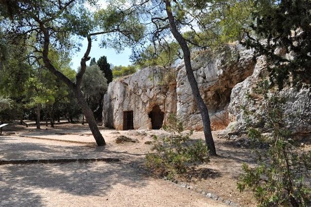 La prisión donde estuvo Sócrates en Atenas