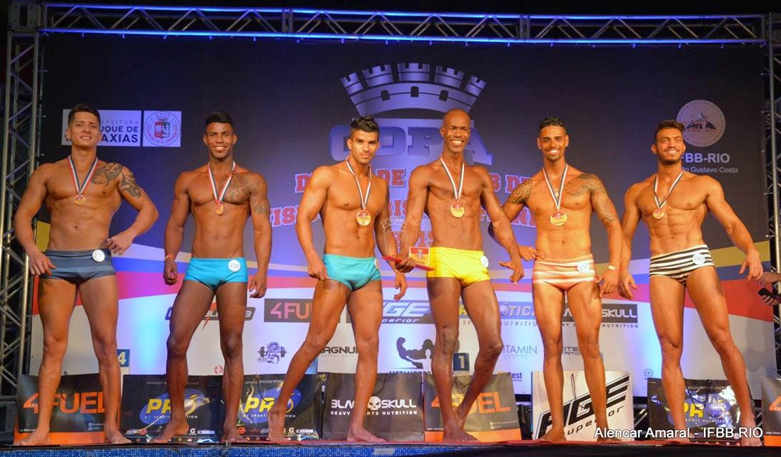 Top 6 da categoria Body Shape acima de 1,78 m da Copa Duque de Caxias de Fisiculturismo e Fitness. Foto: Alencar Amaral