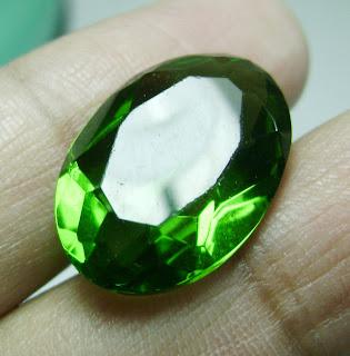 Batu Permata Green Tektite