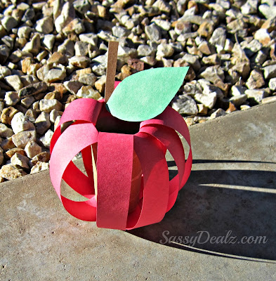 apple toilet paper roll craft