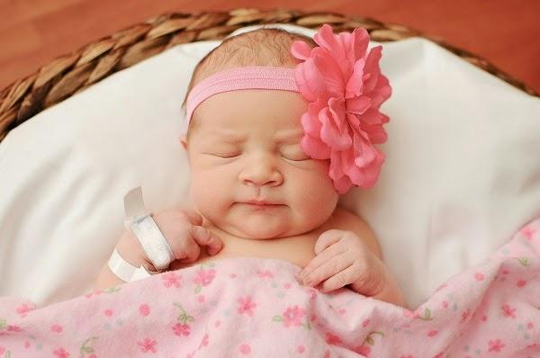 Photo jolie bébé du monde qui dort