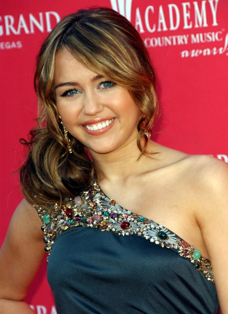 miley cyrus hairstyles 2011 miley cyrus is one of the most gorgeous