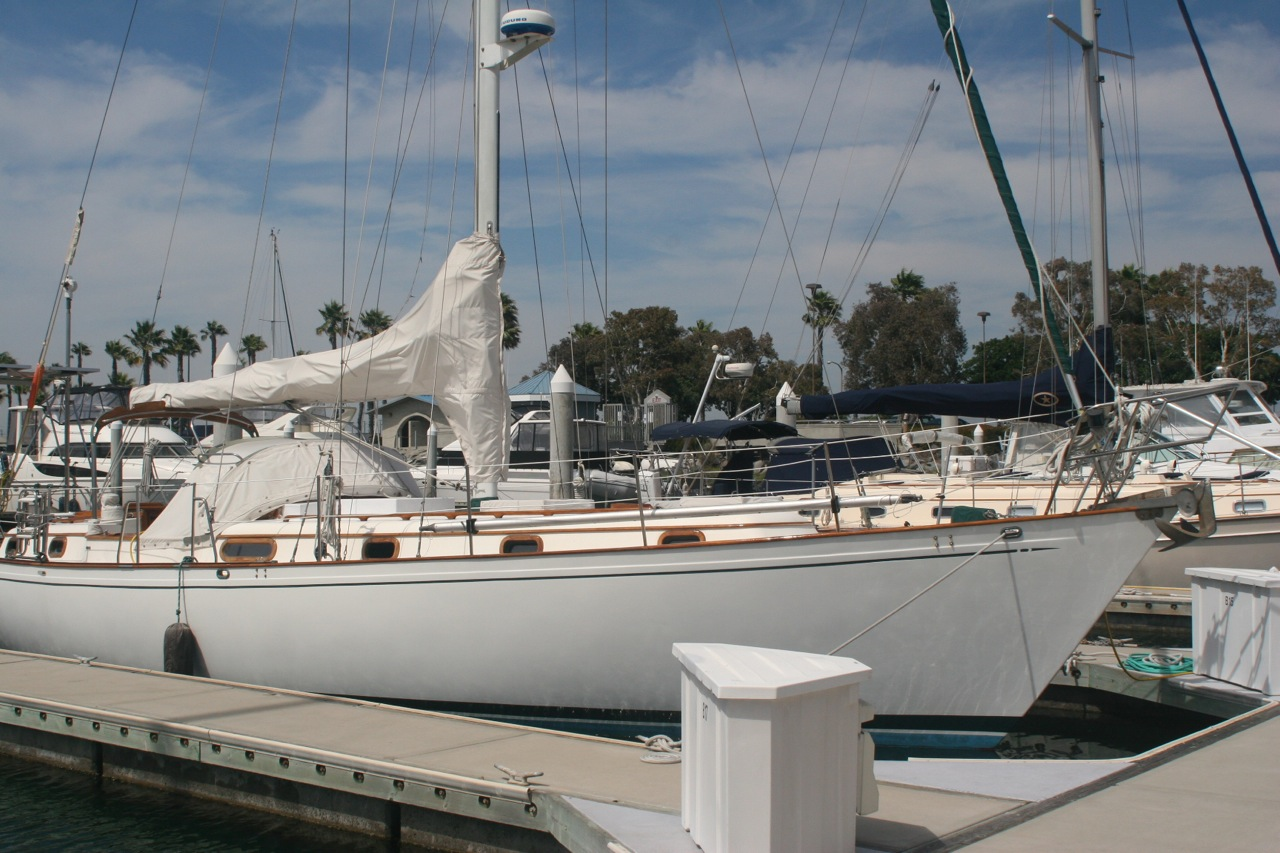 Kelly peterson 44 odyssey for sale - What side is port and starboard on a boat ...