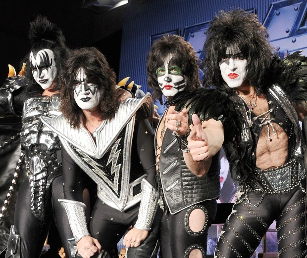 Kiss Tommy Thayer Makeup: KISSopolis: Rock With KISS 'All Nite' Aboard The KISS Kruise