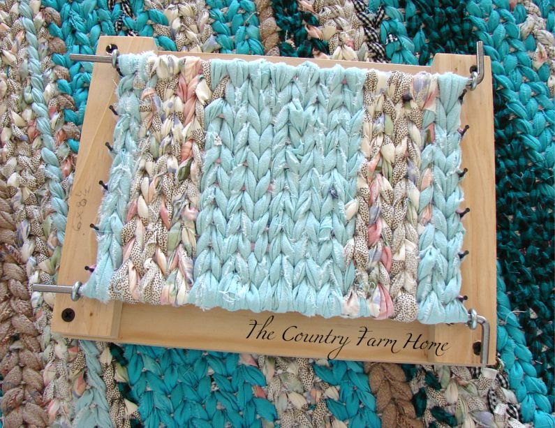 Hope Youu0027ll Join The Mini Rag Rug Loom Giveaway, Too! Good Luck To Everyone!