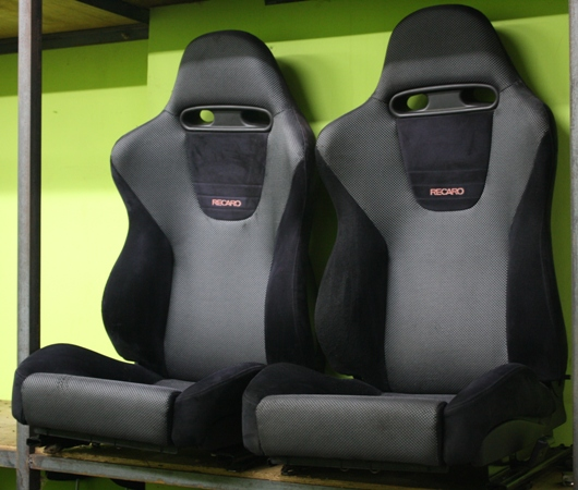 dingz garage seat recaro lancer evo 5 complete. Black Bedroom Furniture Sets. Home Design Ideas