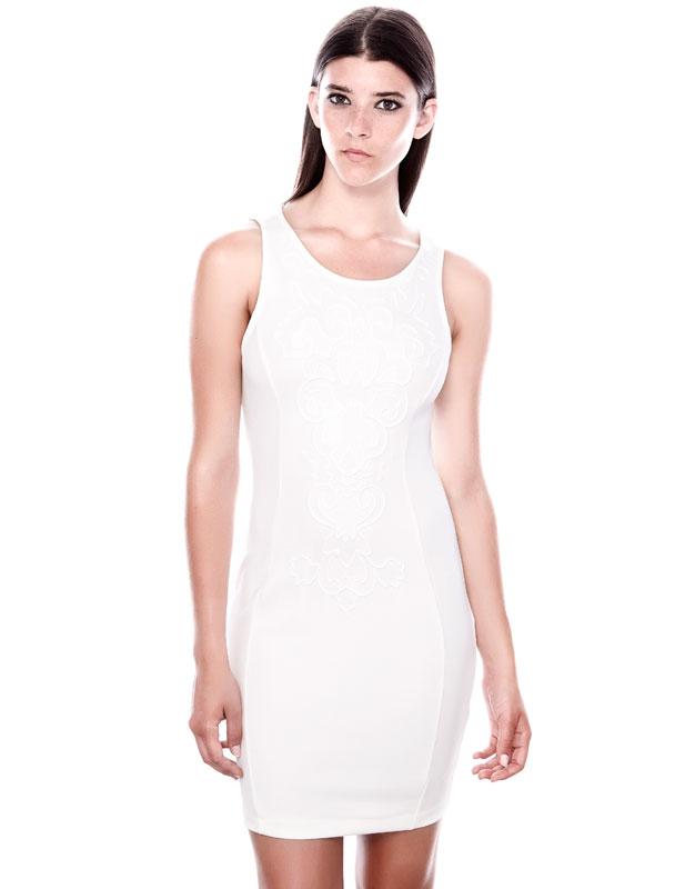 klasik kesim beyaz dar elbise