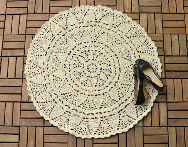 White Tea Doily Rug - crochet pattern by LillaBjornCrochet