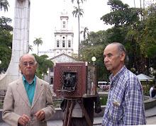 Fotografos Reunidos pelo Jornal OGlobo em 2005 no Largo do Machado.
