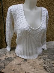 Kötött fehér csipkés pulcsim