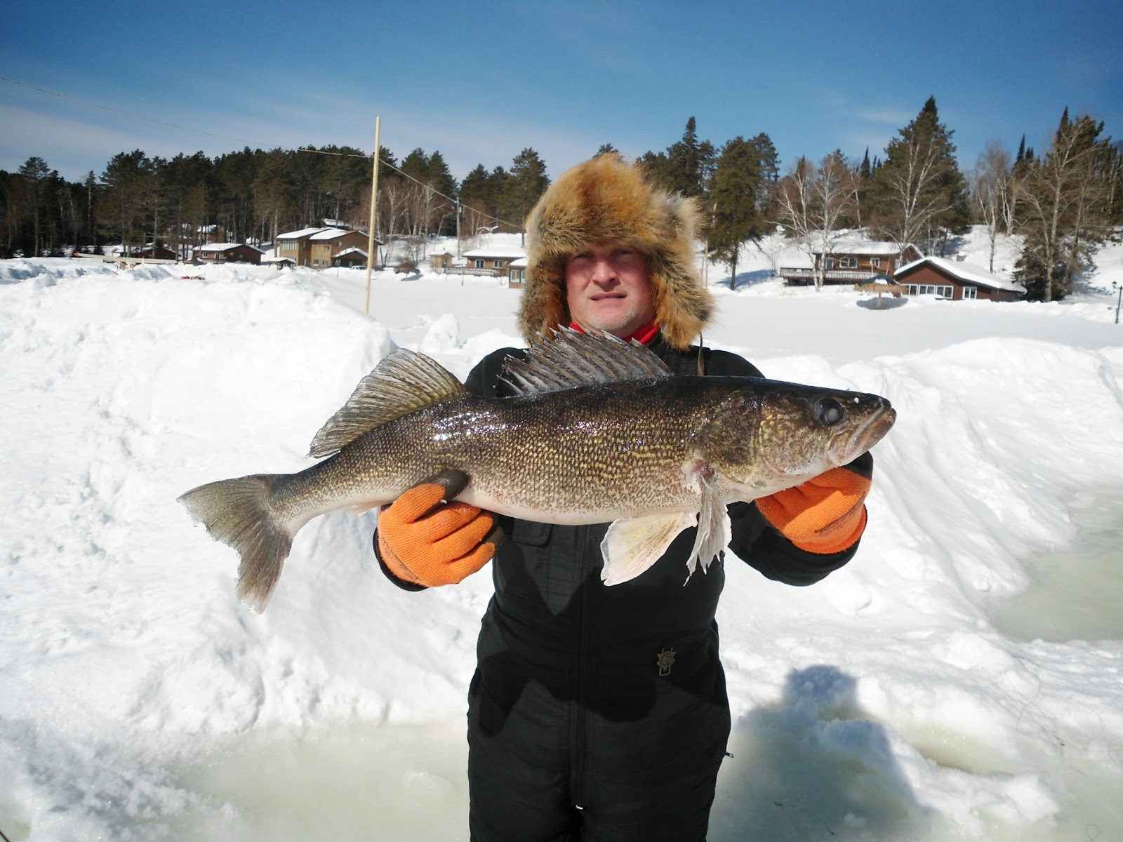 walleye fishing ontario, ice fishing
