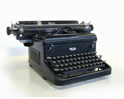 Las máquinas de escribir vuelven a los despachos