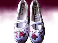 Sepatu Lukis Cewek Rp 125 000,sepatu lukis bunga,sepatu lukis