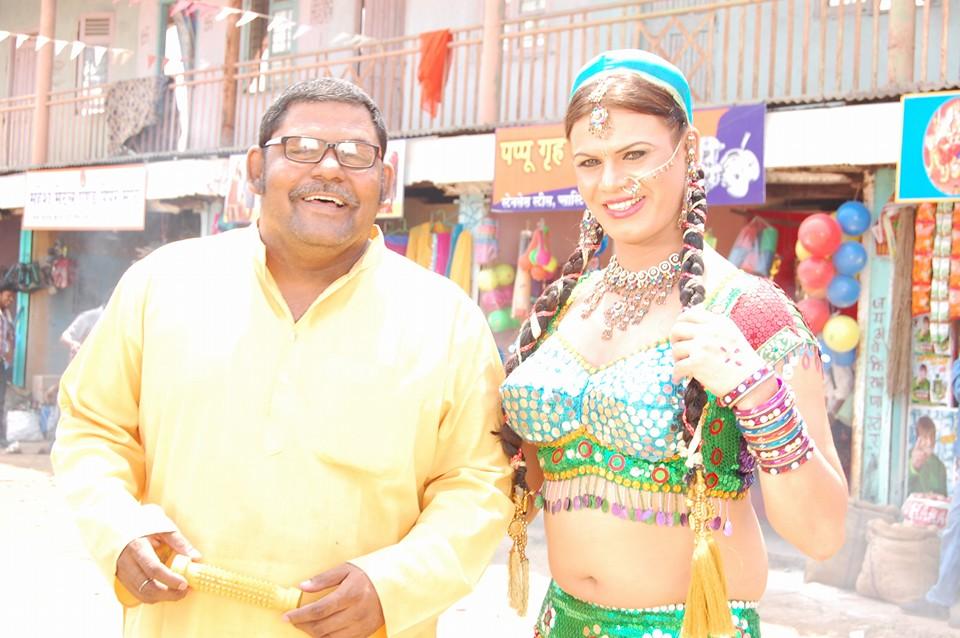 Manoj Tiwari Yadav Pan Bhandar Bhojpuri Movie First Look Poster Shooting stills