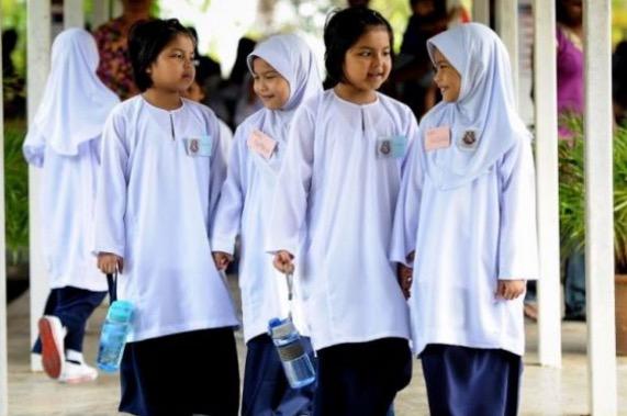 Menteri Pendidikan Arah Sesi Persekolahan Seluruh Negara Berjalan Seperti Biasa Esok