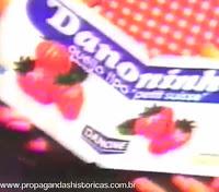 """Campanha de lançamento do bordão """"me dá"""", do Danoninho, lançada em 1989."""