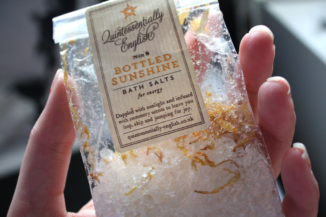 Quintessentially english No8 Bottled sunshine bath salts