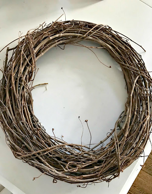 Grapevine wreath for spring DIY projects