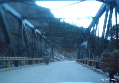 Bridge besides the Hanuman Temple in Hanuman Chatti enroute to Badrinath over the confluence of Hanuman Ganga and Yamuna