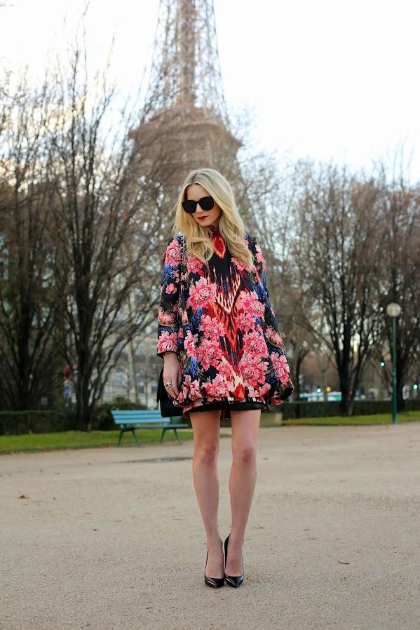 Floral dress and black pumps