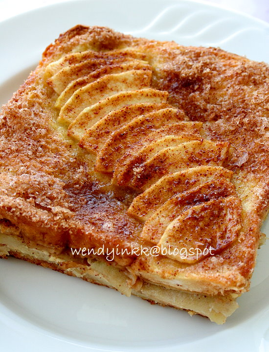 Table for 2.... or more: Baked Apple French Toast - Eggy Bread #1