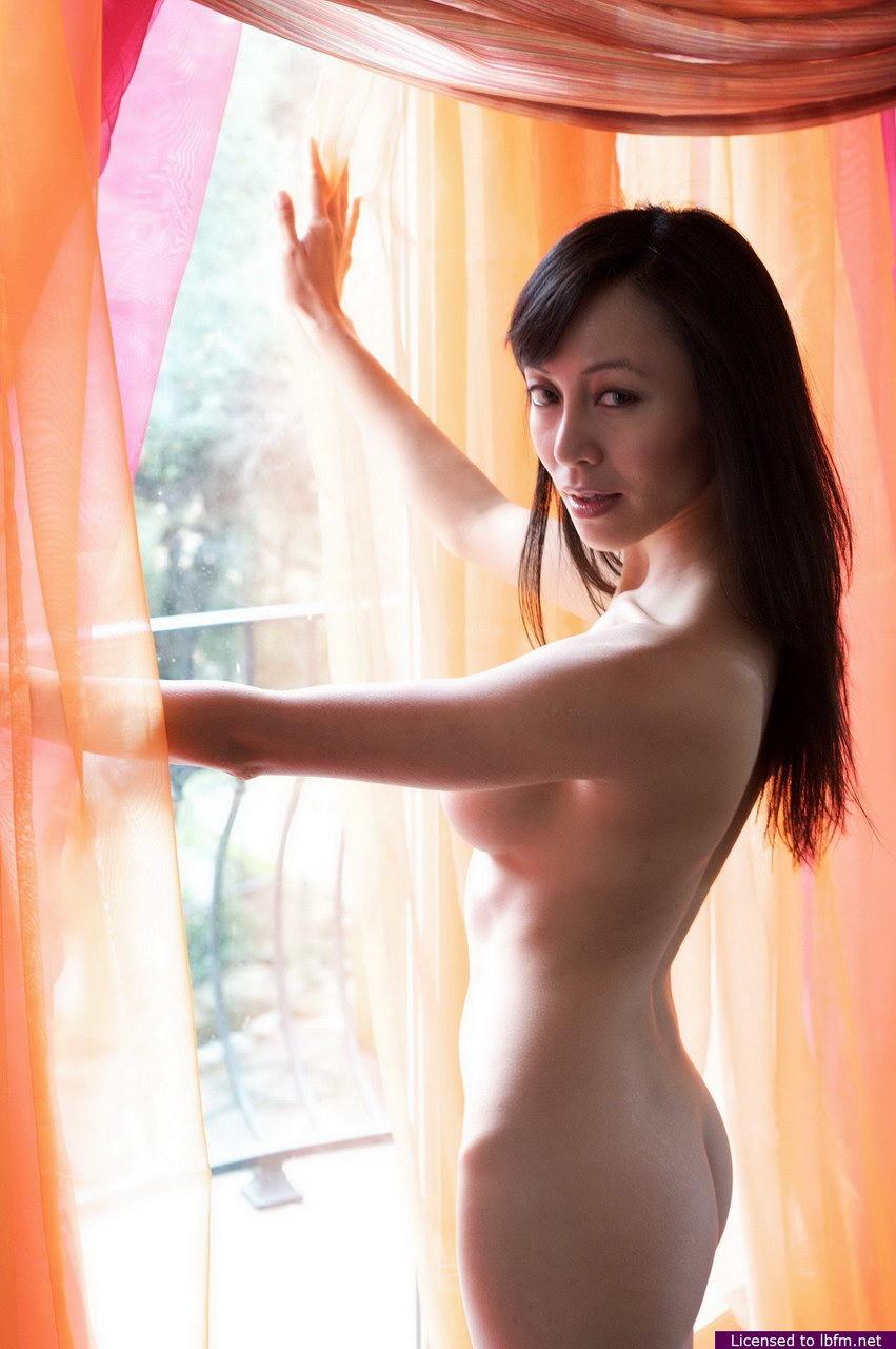 fake vanessa lengies nude pics