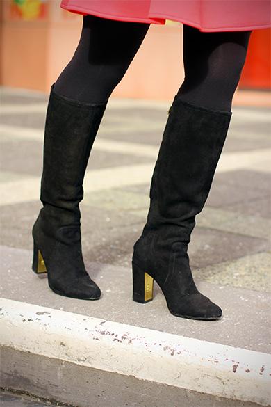 Anne Klein Notme black boots