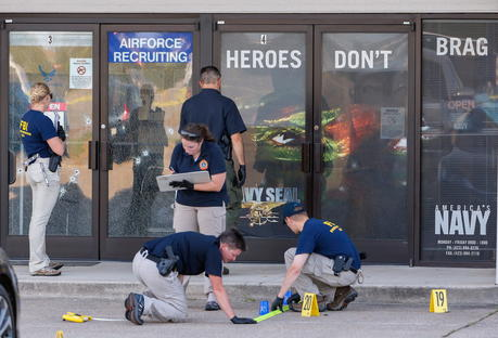 Gunman Attacked US military facilities, Four soldiers killed