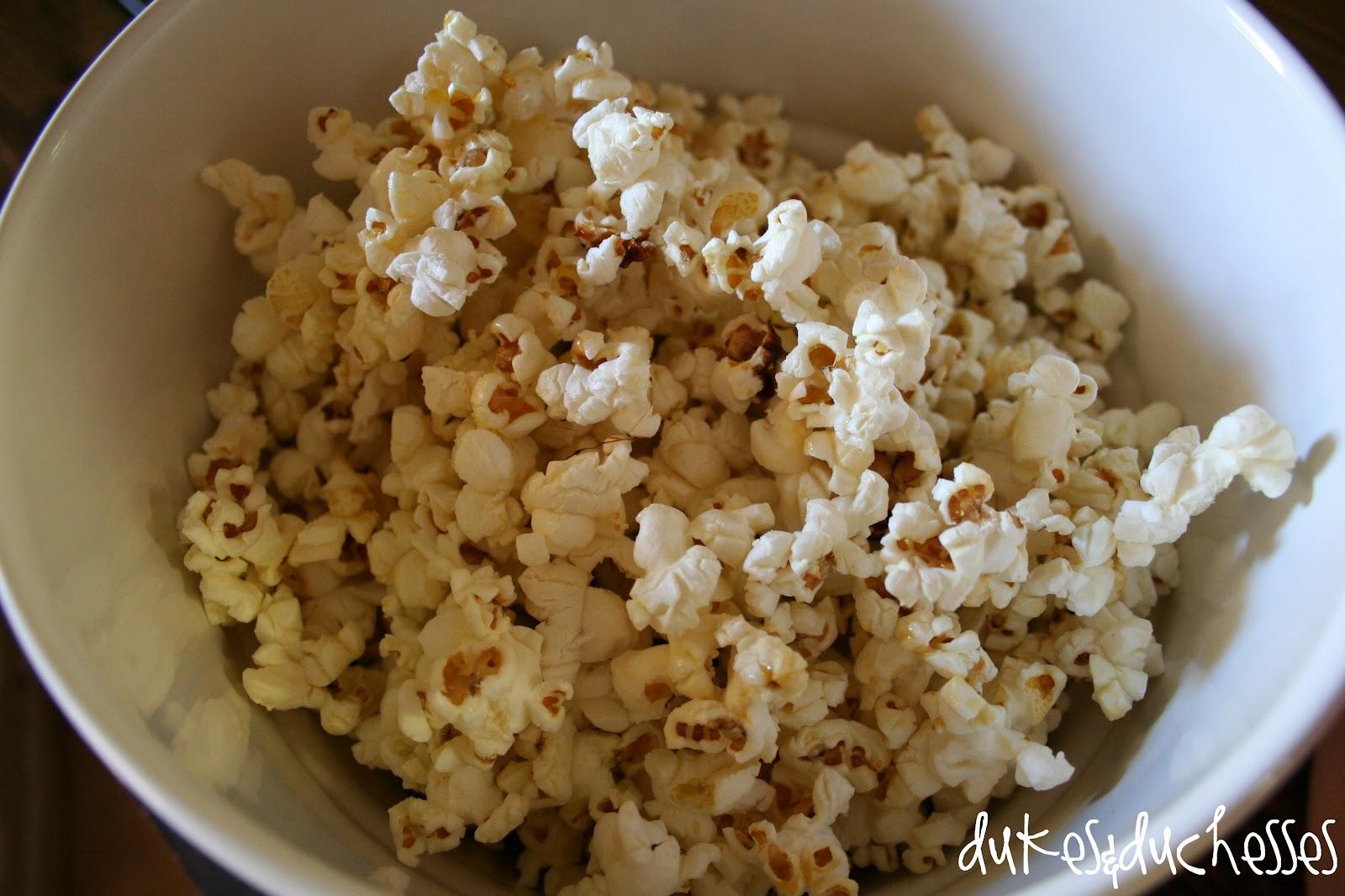 Homemade Kettle Corn - Dukes and Duchesses