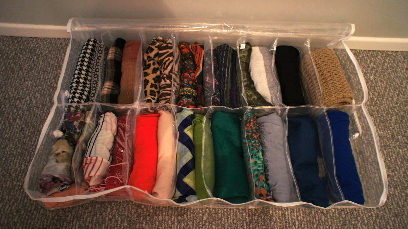Scarf Organizer  Four Methods