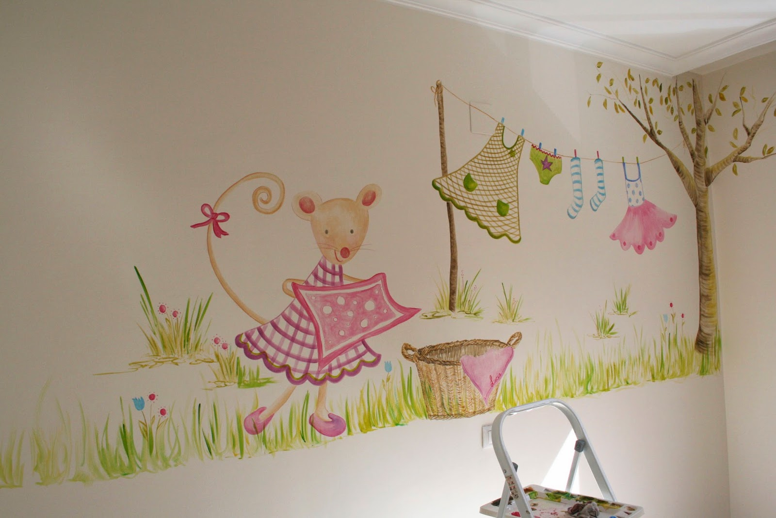 Mural decorativo infantil imagui for Murales decorativos para bebes