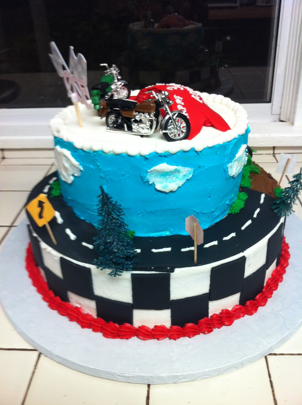 Little Boy Motorcycle Cake Ideas and Designs