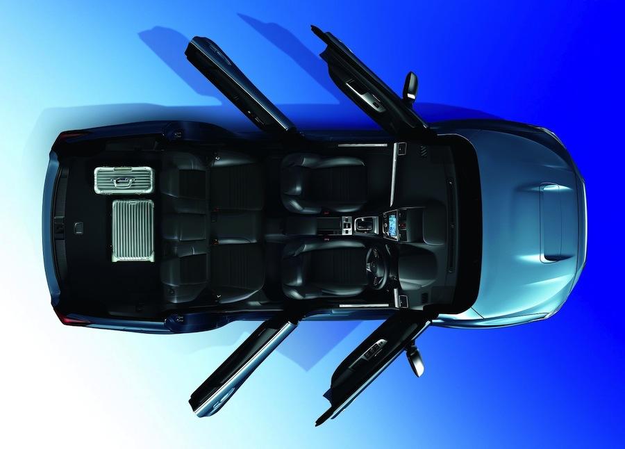 スバルレヴォーグ(LEVORG)の実用性の高い車内