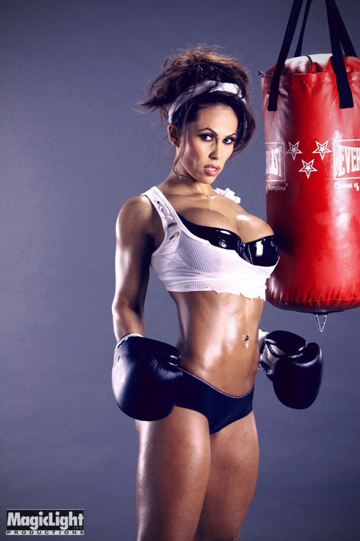 Dina Al Sabah Modeling Her Ripped Abs And Chest As A Boxer