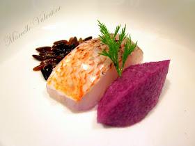 Crudo di scorfano con riso rosso e quenelle di cavolo viola...