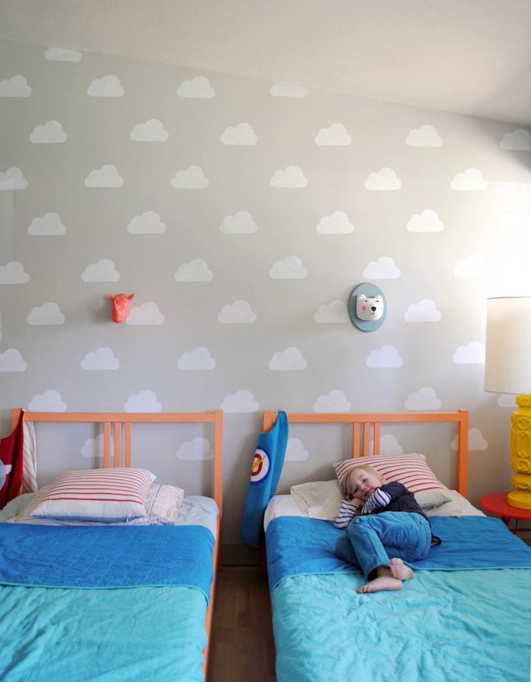 Deconi os compartir habitaci n y llenarla de nubes - Pegatinas pared infantiles ikea ...