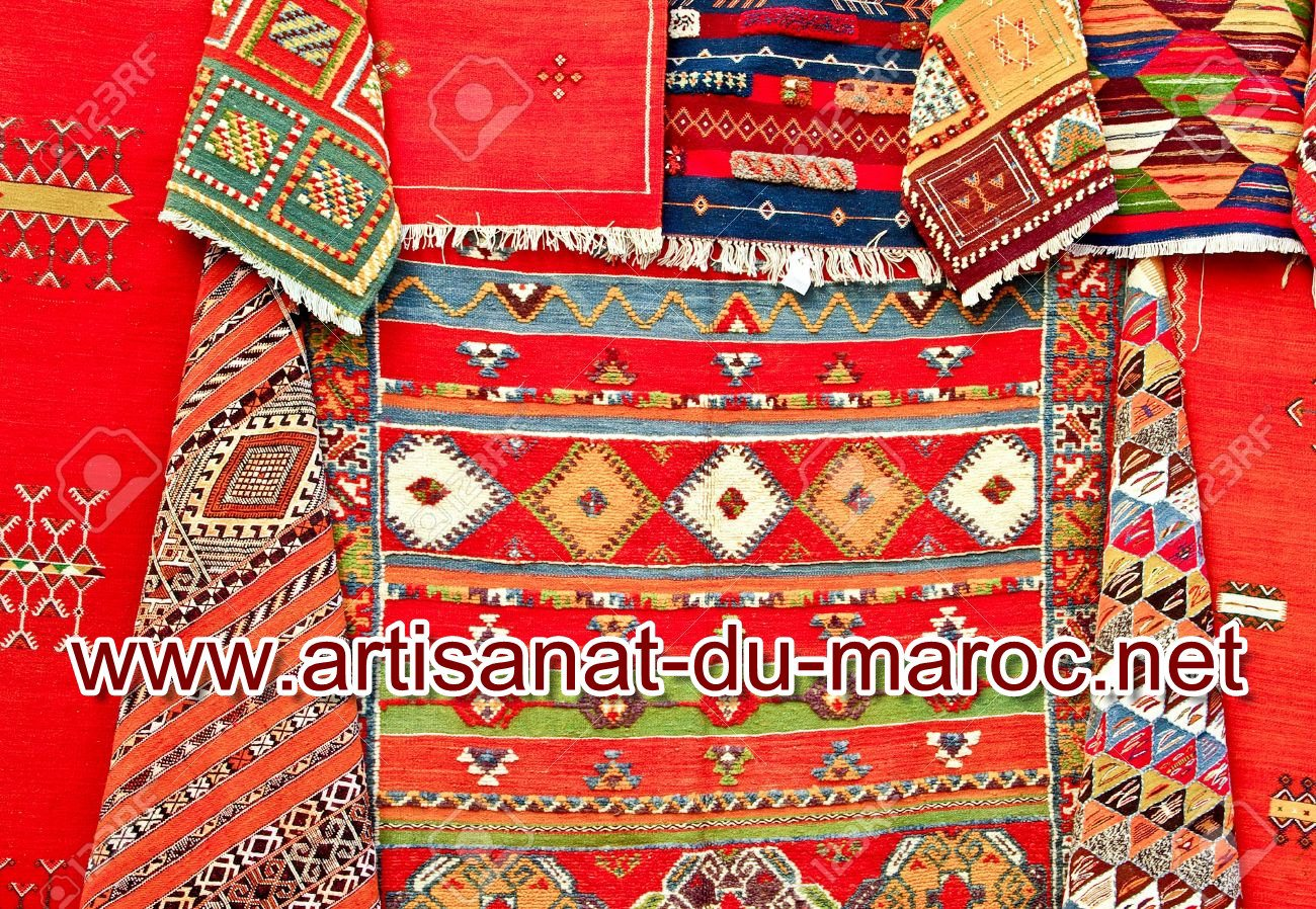 fantastique artisanat tapis pour salon marocain traditionnel et beldi. Black Bedroom Furniture Sets. Home Design Ideas