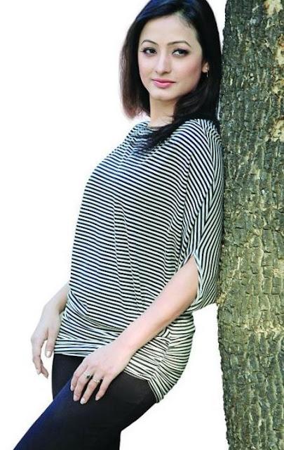 Model Suzana