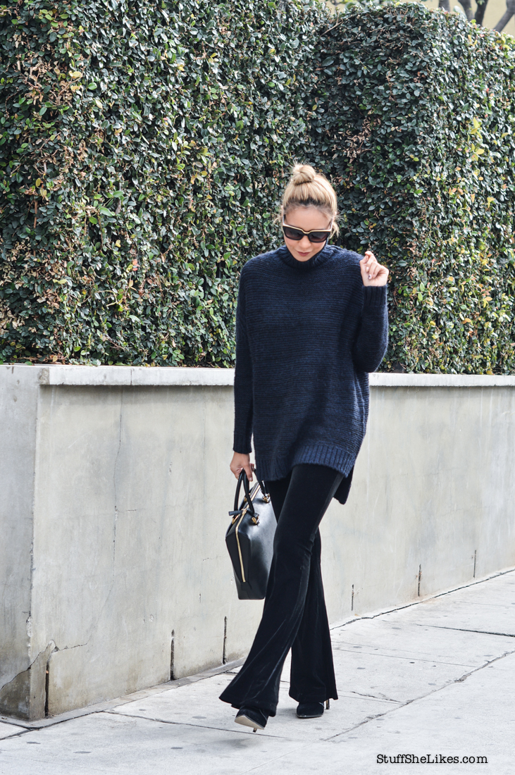 blogger, top blogger, best la blogger, taye hansberry, black blogger, ethnic blogger, zac pozen sunglasses, zara sweater, velvet leggings, Jinammi bag, blonde blogger, blonde hair, short hair