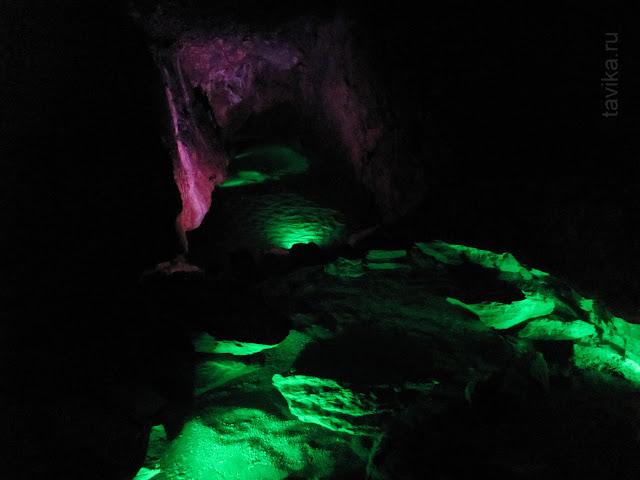Красная пещера. Крым