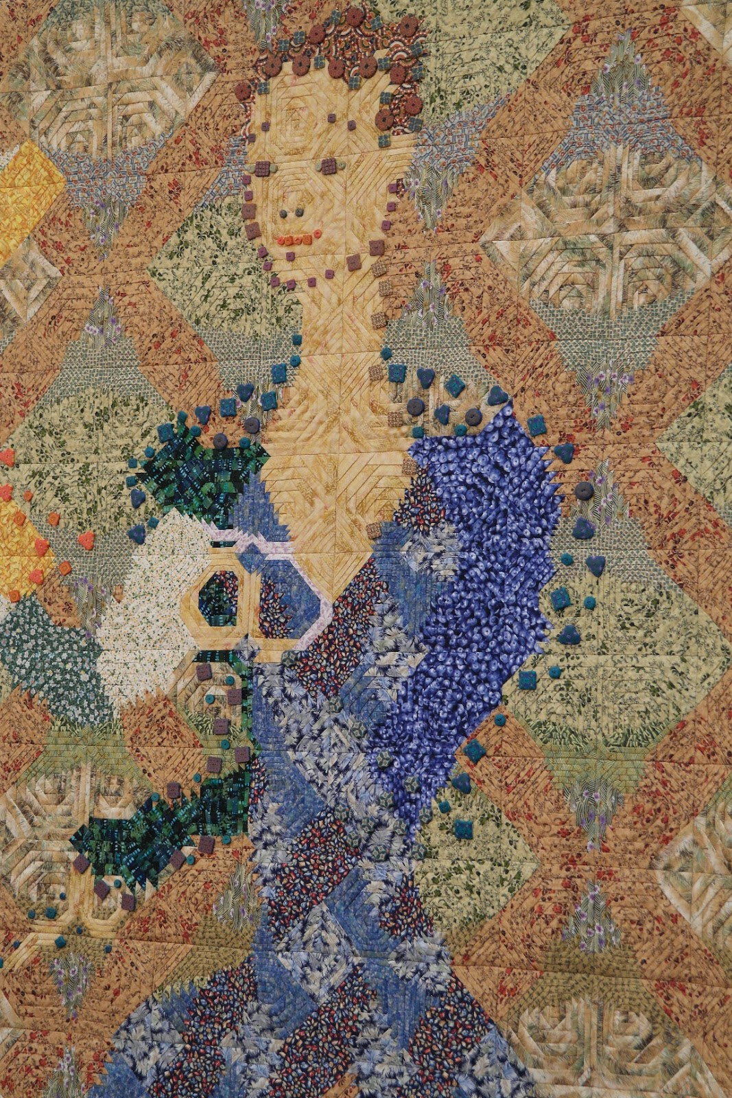 Atelier De Ninette: Quilt En Beaujolais. Full resolution  pic, nominally Width 1067 Height 1600 pixels, pic with #936A38.
