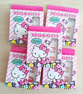 hello-kitty-plasters