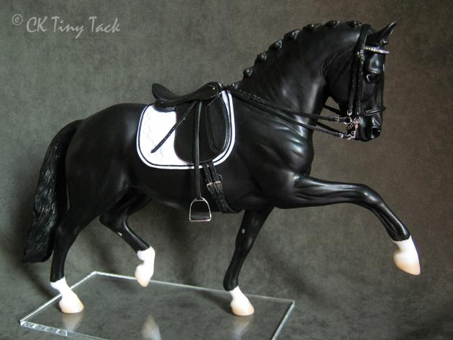 En attendant l'or... Model+Horse+Dressage+tack