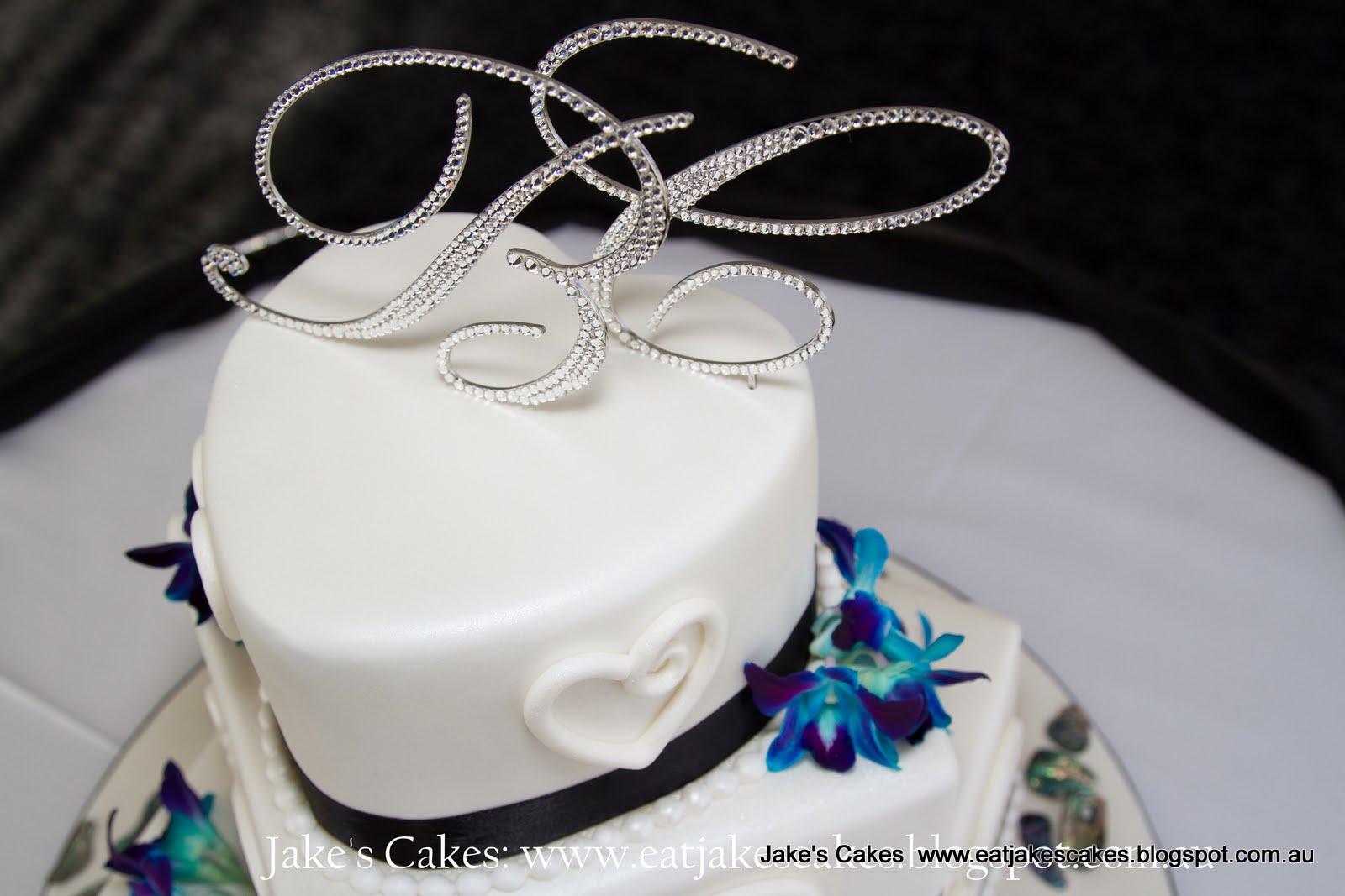 Jakes cakes june 2013 new zealand inspired koru symbol wedding cake biocorpaavc Image collections