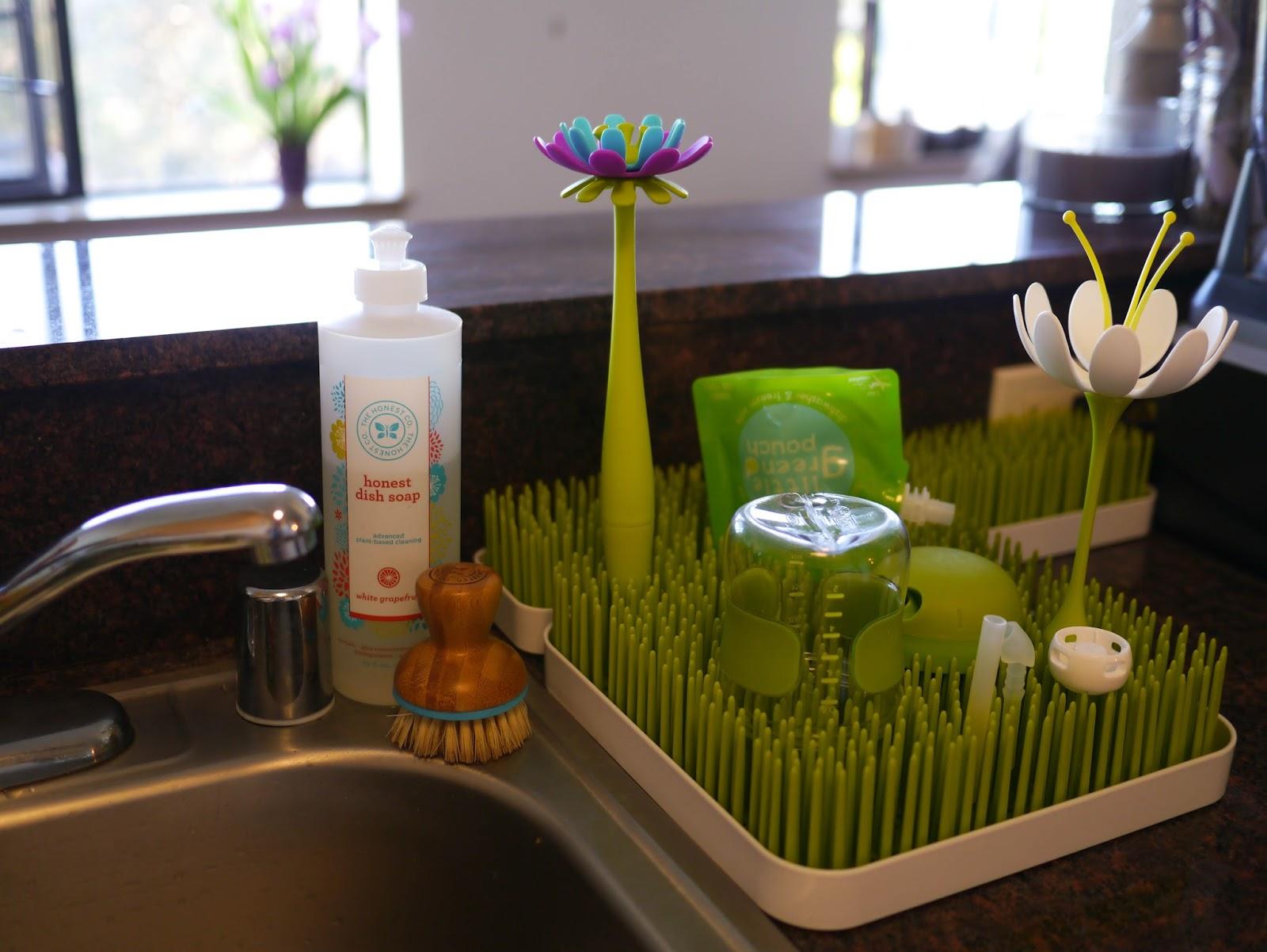 Little Hiccups: My Kitchen Flower Garden with Boon