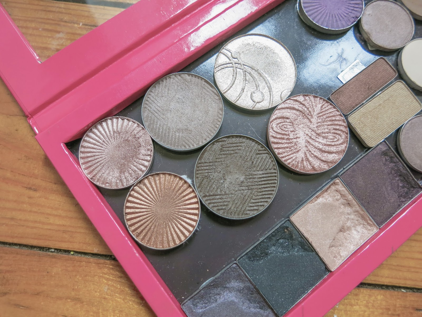 z palette eye shadow