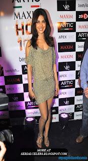 Priyanka Chopra sexy thigh show